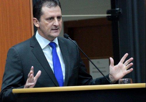 FISCALIZAÇÃO ELETRÔNICA - Deputados aprovam projeto do Coronel Chagas que suspende convênio entre Detran e Prefeitura